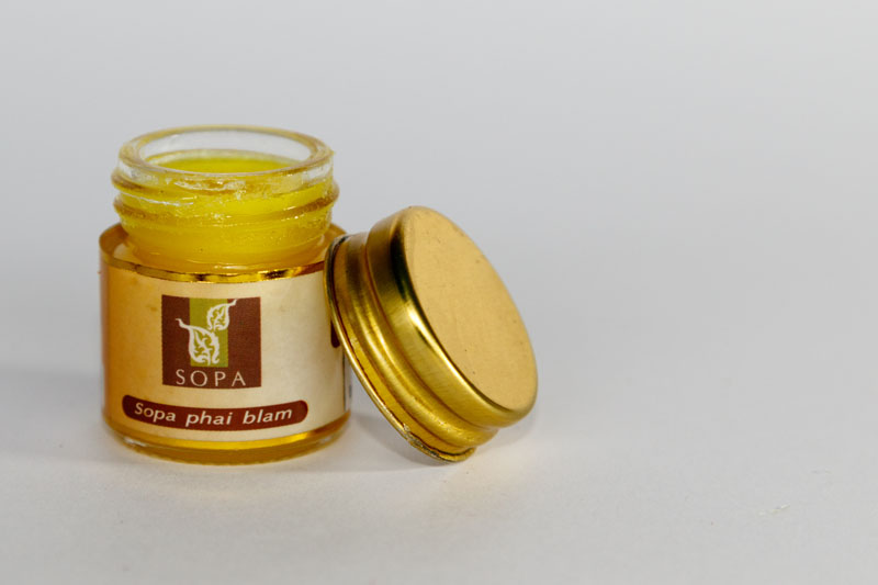 Gold elephant wellness plai balm klein for Aroma royal thai cuisine